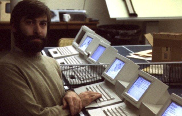 Unohtumaton työntekijän osuus 31 a Apple, käyttöliittymän luoja