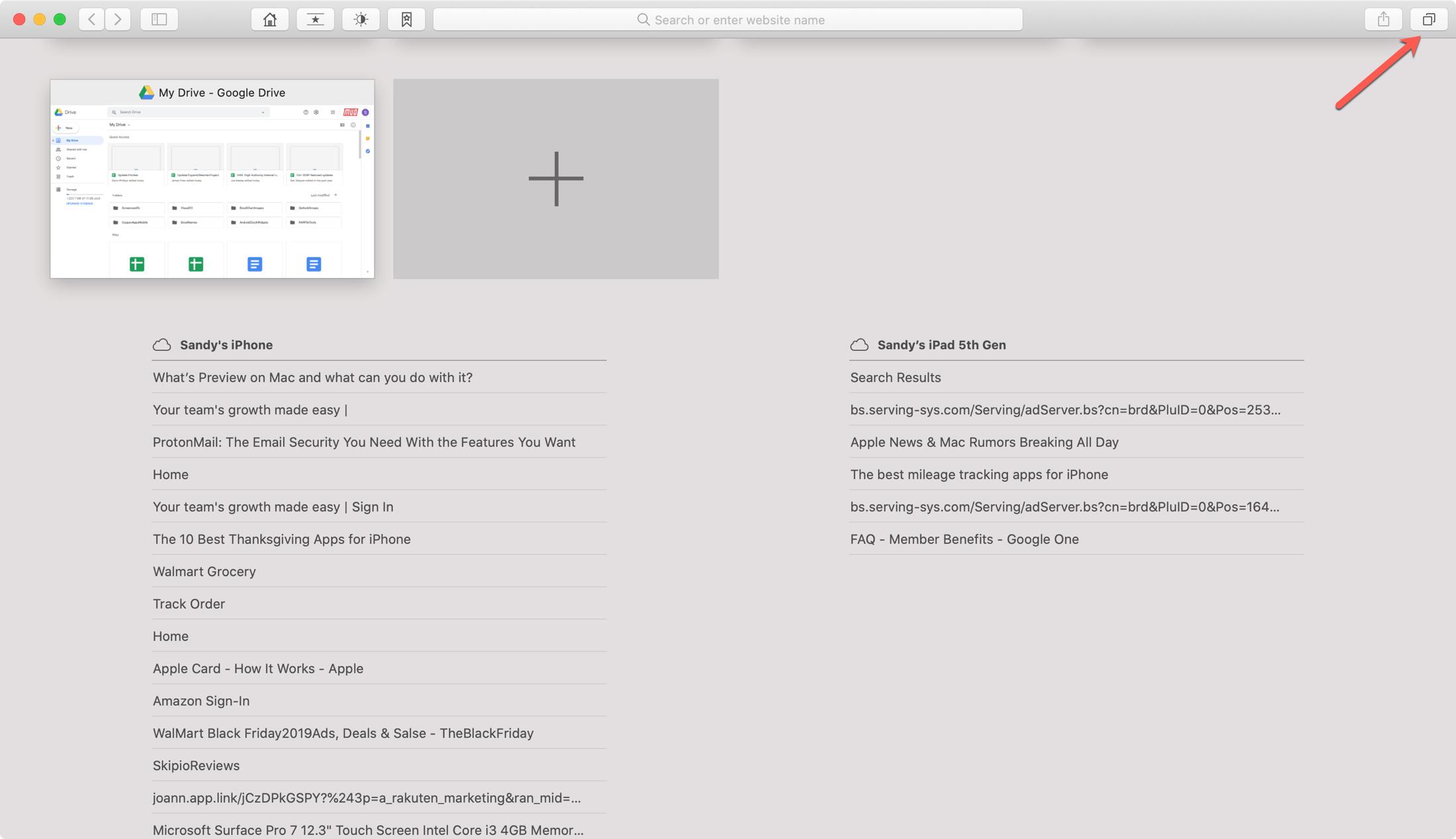 Safari otvára karty v systéme Mac