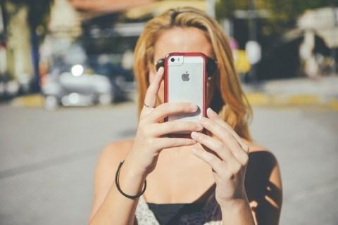 Kuinka tietää, käyttääkö joku muu Snapchat-tiliäsi