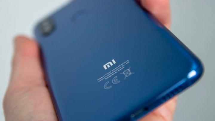 Pierwsze zdjęcia krążącego Xiaomi Mi 10 przedstawiające jego aparaty projektowe