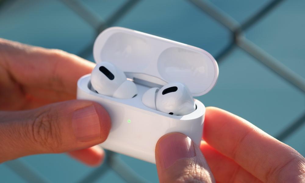 vyhlásenie Apple AirPods zarába rovnaké množstvo peňazí ako Spotify, Twitter, Snap and Shopify dohromady 1