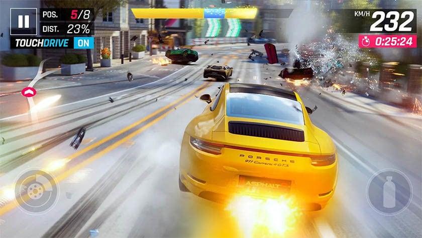 Tämä on kuvakaappaus asfaltista 9, yksi parhaista Android-arcade-peleistä