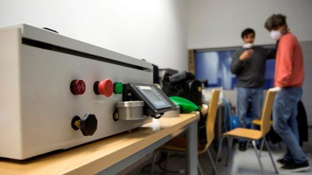 Espanja hyväksyy uuden hengityslaitemallin jäljentämisen koronaviruksen torjumiseksi