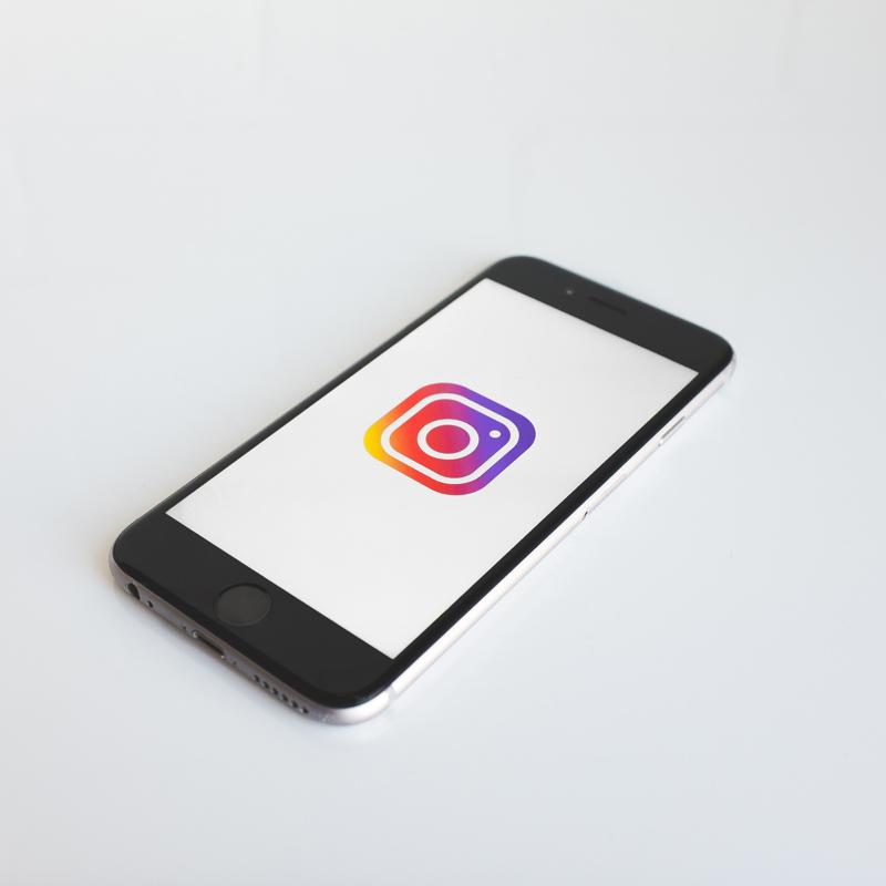 Instagram PC: llä: oppia vastaamaan selaimen komentoihin!