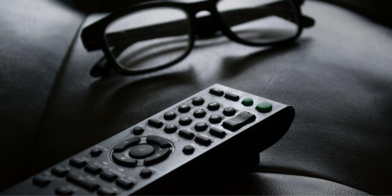 Kuinka puhdistaa ja desinfioida television kaukosäädin