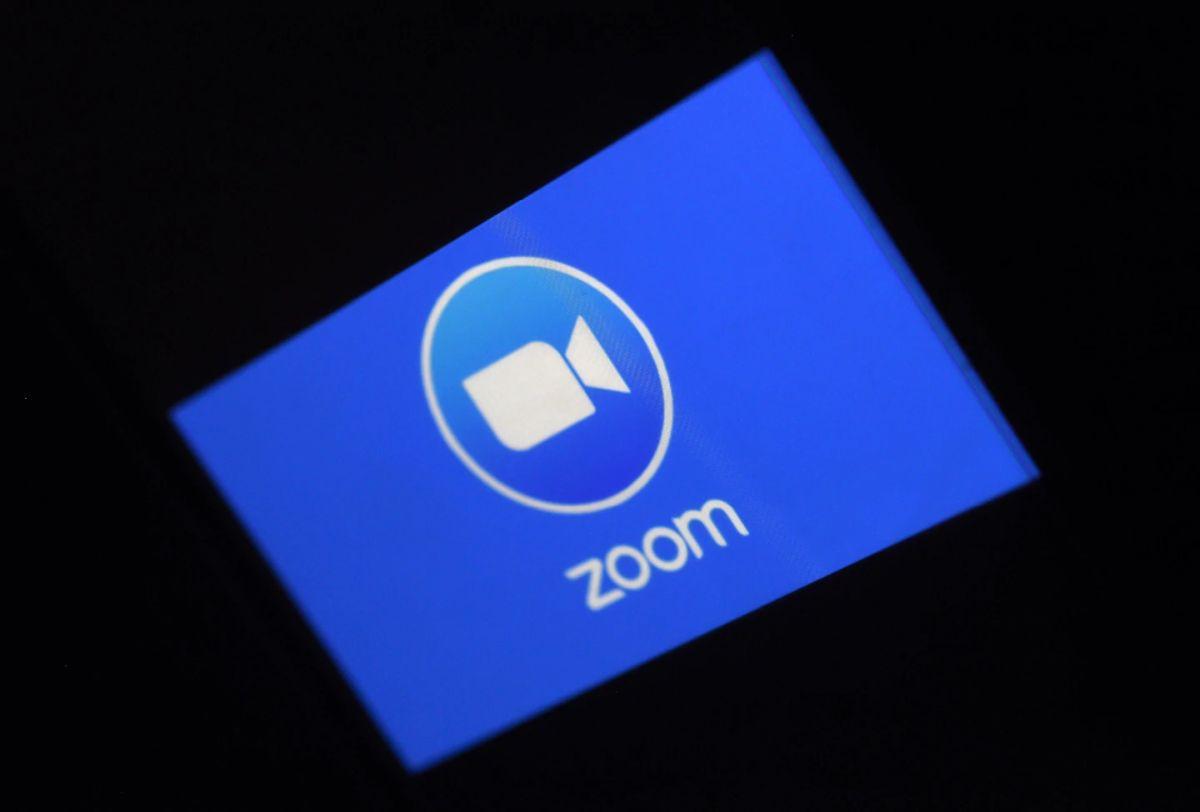 Zoom-tallenteita ladattu verkossa tuhansia 1
