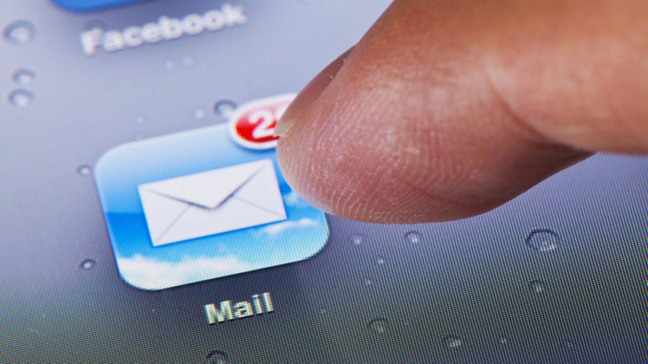 IOS 13 -sähköpostiohjelmassa havaittu nollapäivän suojauksen haavoittuvuus 1