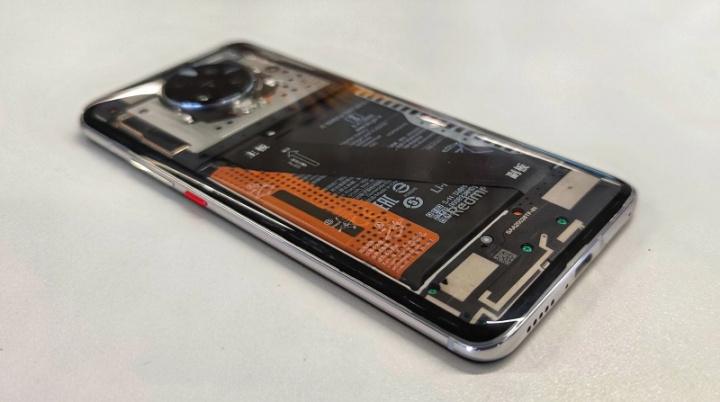 Redmi K30 Pro z przezroczystym tyłem ujawnia Xiaomi 1