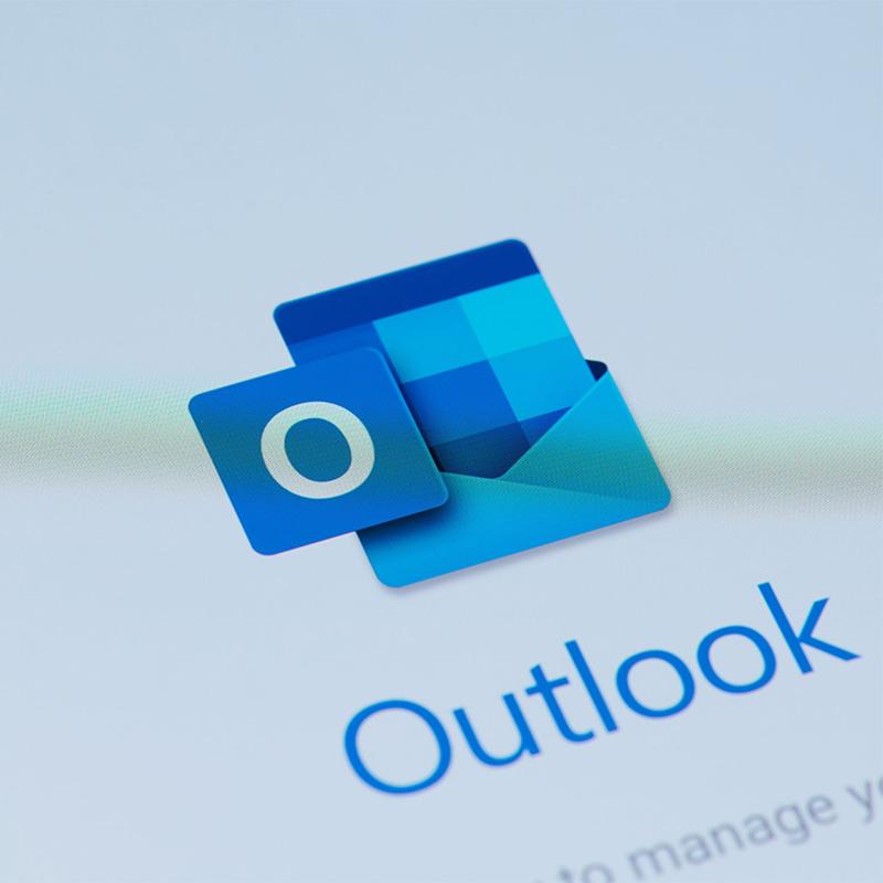 Kuinka estää sähköpostia Outlookissa? [Guia completo]