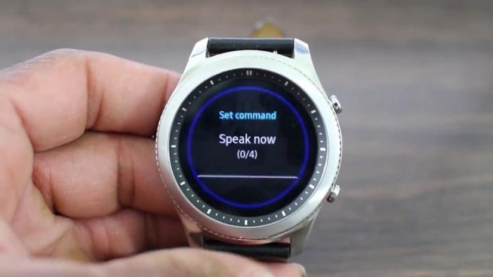 Samsung kończy usługi S Voice, Find My Car, MirrorLink i Car Mode 2