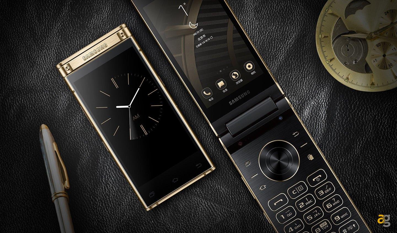 Samsung W2019: od składania po konstrukcję z klapką! 2